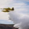 El nuevo avión anfibio hidrante hizo pruebas en el lago de Embalse y el Dique de los Molinos